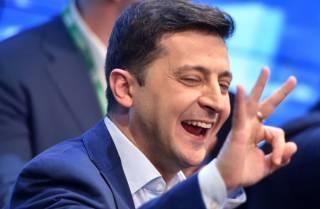 «Стараются держать Зеленского в удобном футляре»: СМИ уличили окружение в изоляции президента от внешнего мира