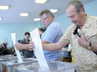 В Украине стартовали досрочные выборы в Верховную Раду
