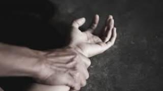 На Днепропетровщине престарелый извращенец неестественным путем изнасиловал приемную внучку