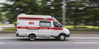 В Киеве полуголый пациент на ходу выпрыгнул из «скорой» и убежал