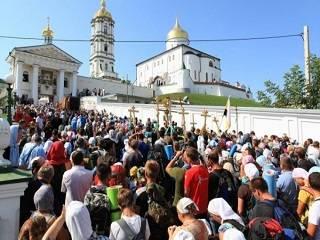 Тысячи верующих из Польши, Беларуси и Украины совершат пешее паломничество в Почаев