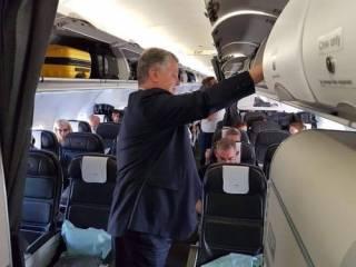 Порошенко уже покинул территорию Украины, ‒ СМИ