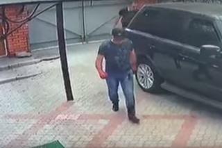 В Запорожье неизвестные жестоко расправились с местным криминальным авторитетом в его же доме (18+)