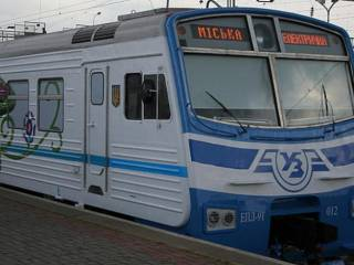В Киеве массово отменили рейсы городской электрички «ради безопасности пассажиров»