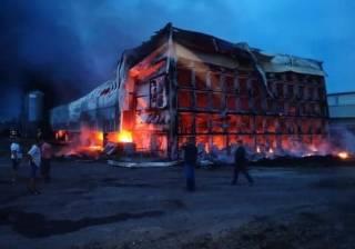 Под Киевом горела птицефабрика – ближайшие села заволокло дымом