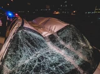 В Киеве пьяная компания попала в ДТП, на огромной скорости удирая от полиции