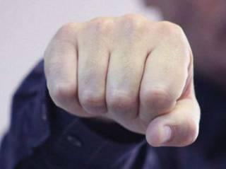 На Полтавщине избили не прошедшего дресс-код прокурора