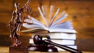 Процессуальные игры Верховного суда по округу 198: здравый смысл против политической целесообразности