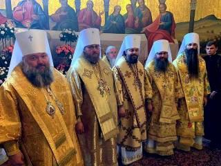В УПЦ – пять новых митрополитов