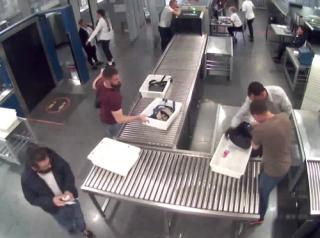 В сеть «слили» видео дерзкого побега Дов Сильвера от СБУшников в «Борисполе»