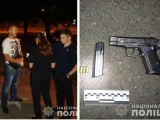 В Киеве случайный прохожий схлопотал пулю, заступившись за подростков