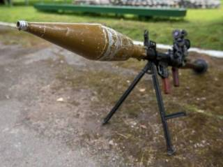 На Закарпатье лихие люди обстреляли супермаркет из гранатомета