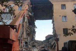 В Дрогобыче взорвался четырехэтажный дом: обрушился целый подъезд