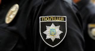 Под Киевом мужчина снимал и продавал порно со своими малолетними детьми