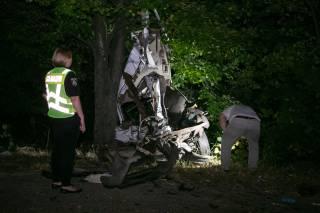 В страшной аварии под Киевом погибли муж и жена (18+)