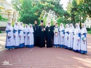 Одесский митрополит УПЦ поздравил сестер милосердия Марфо-Мариинской обители с 5-летием служения