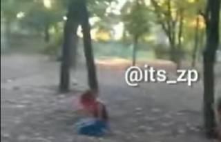 Эпичная драка малолеток в Запорожье потрясла соцсети (18+)