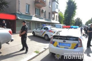 Вооруженные преступники совершили кровавое нападение на инкассаторов в Житомире