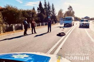 «Вылетел из-за машин»: на Прикарпатье депутат сбил на пешеходном переходе пенсионера