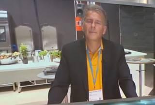 Шведский профессор предложил людям… стать каннибалами