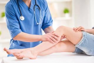 Специалисты нашли способ безболезненного лечения варикоза