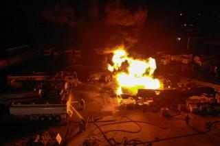 В Киеве полыхал гигантский пожар: появилось впечатляющее видео