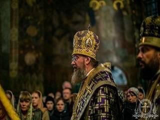 Митрополит Антоний рассказал, как понять, несешь ли ты свой крест