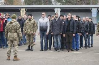 В Украине начинается пора отлова призывников