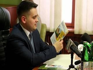 На Буковине верующие УПЦ просят Зеленского сменить главу ОГА