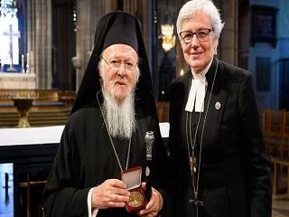 Лютеранская Церковь Швеции наградила Патриарха Варфоломея орденом