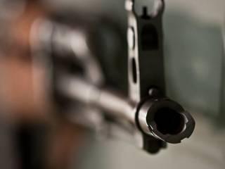 В духе 90-х. В Херсоне прямо на улице расстреляли двоих «авторитетов»