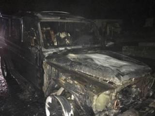 На Ровенщине сожгли крутой «Мерс» депутату облсовета