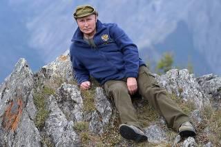 В свой день рождения Путин… повысил себе зарплату