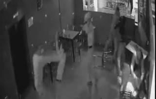 Видео эпичной драки с кавказцами в одном из кафе Подмосковья «слили» в сеть