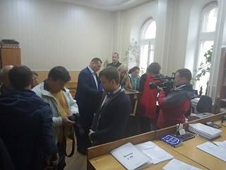 Суд отстранил от должности винницкого чиновника, который незаконно перерегистрировал общины УПЦ в ПЦУ