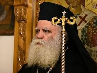 Греческий митрополит рассказал, кому Варфоломей может даровать автокефалию