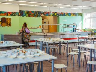 В столичных школах закрыли пищеблоки. Детям негде питаться