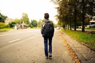Украинцев, чьи дети прогуливают школу, решили больно бить по карману