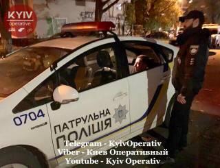 В Киеве пьяные бойцы ВСУ устроили дебош со стрельбой на детской площадке