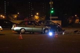 Ночью на окраине Киева произошло жесткое ДТП