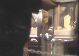 Кража гигантского алмаза в Японии попала на видео