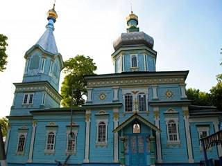 На Винниччине сторонники ПЦУ пытались захватить храм УПЦ