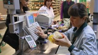 Украинцев предупредили о популярном виде обмана на кассах супермаркетов