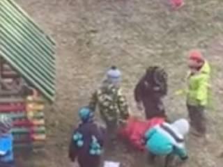 В российском детском саду детишки жестоко поиздевались над одногруппницей