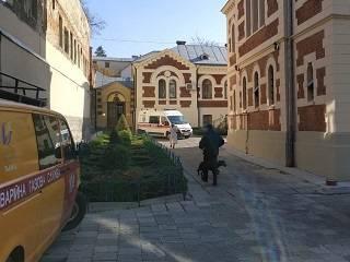 Во Львове полиция не обнаружила взрывоопасных предметов на территории собора УПЦ