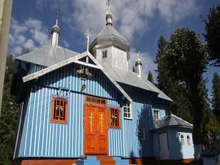 На Буковине сторонники ПЦУ пытались захватить храм УПЦ