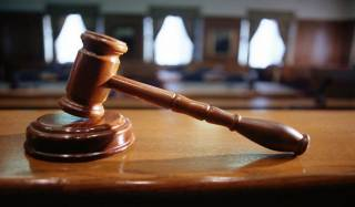 Россиянин подал в суд на известный интернет-сервис и чиновников более чем на… полтора триллиона долларов