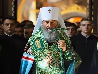 Митрополит Онуфрий молится в день 75-летия в родных краях