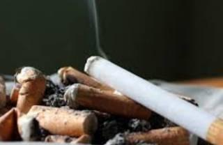 Ученые выяснили, что курение сводит людей с ума