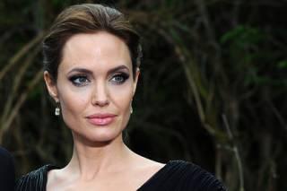 Анджелина Джоли пожаловалась, что очень хочет, но не может навсегда уехать из США